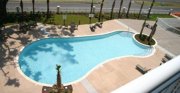 Legacy Towers II Outdoor Pool