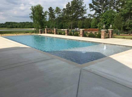 Geometric Pool with Bubbler Water Features